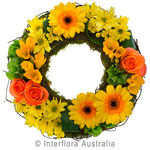 Contemplation - Yellow Cluster Wreath